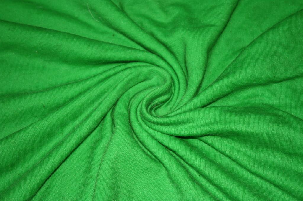 Twisting for tie dye